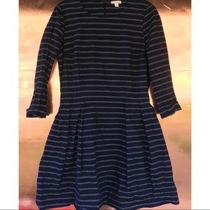 Gap blue striped half sleeve dress size 4